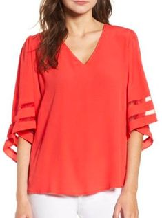 Love these sleeves, from 7 Cute Tops to Banish The Winter Blues Trendy Plus Size Clothing, Plus Size Outfits, Simple Clothing, Older Women Fashion, Womens Fashion, Fashion Trends, Fashion Ideas, Fashion Inspiration, Simple Outfits