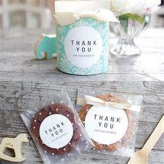 Wedding Party 100pcs/lot Translucent dots Plastic cookie packaging Bags Cupcake Type: Event & Party Supplies Material: Plastic Occasion: Wedding Model Number: VBT81 Event & Party Item Type: Candy Box Feature: Material: Food grade opp Size:7x7+3CM 8x10+3cm 10x10+3cm 10x15+3cm Usage:Biscuits, cakes, bread,gift.