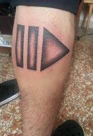 """Résultat de recherche d'images pour """"play pause button tattoo"""""""