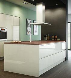 Handleless High Gloss Kitchen from the Bibury Gloss range
