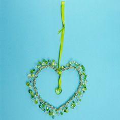 Basteln mit Perlen | wunderschöne Deko fürs Zimmer zum Aufhängen