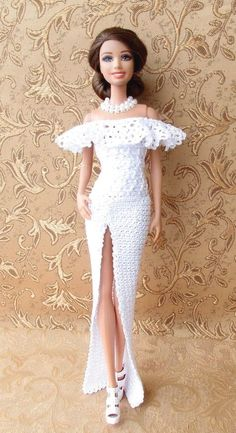 Buy products such as Barbie DreamHouse, Disney Minnie Mouse Store & Organize Plastic Toy Box by Delta Children at Walmart and save. Crochet Barbie Clothes, Doll Clothes Barbie, Barbie Doll, Barbie Fashionista, Barbie Gowns, Barbie Dress, Barbie Sewing Patterns, Dress Patterns, Crochet Doll Dress
