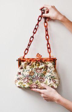 Bloom Variation Bag / vintage 1940s bag / 40s tapestry floral purse
