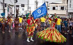 27/jan/2013 - BRASIL - SÃO PAULO - BAIRRO Ddo CAMBUCI - O Bloco da Ressaca, um dos mais tradicionais de São Paulo, percorre o bairro do Cambuci. By FSP.