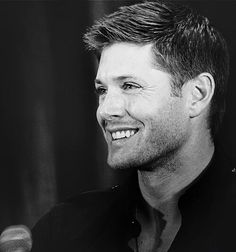 Jensen Ackles. Dean Winchester. Supernatural.