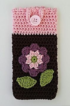 """Handyhülle """"Blümchen"""" Häkelanleitung Crochet Pouch, Free Crochet, Crochet Phone Cover, Cell Phone Pouch, Crochet Books, Mobile Covers, Coin Purse, Diy Crafts, Purses"""