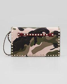 V1JGW Valentino Rockstud Camo Wristlet Bag