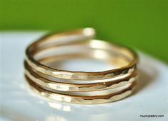 TRINITY solid gold wire wrap ring custom sized and adjustable (closed band) Wire Rings, Wire Wrapped Rings, Jewelry Rings, Jewellery, Jewelry Ideas, Everyday Rings, Thing 1, Thumb Rings, Gold Wire