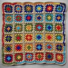Love this and so easy to do #crochet #yarn #craft-granny squares