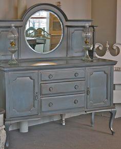 Paint furniture • Hutch