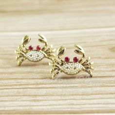 Cute Crab Earrings Tiny Crab Stud Earrings In Gold by minnadiy, $4.90 Nautical Jewelry, Ear Studs, Cufflinks, Fashion Jewelry, Brooch, Stud Earrings, Ear Rings, Lovely Things, My Style