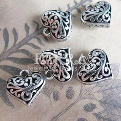 Antique silver color heart metal beads 5 pieces by FARRAgem,   FARRAgem.etsy.com