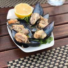"""As a nation we all LOVE Midye Dolma """"stuffed mussels with rice herbs, spices"""". Essential comfort street food especially highly recommended after a night out!🍾🍸👌🏻 You can find it all over Turkey, but I guess because of the fresh air and incredible nature of Bodrum, it is much more delicious in there. Afiyet olsun Emre!🤤 . ⠀ Dear delicious Midye Dolma,⠀ I've missed you sooo much, can't wait to get together on September.⠀ Best wishes😋 Yesim Mussels, Turkish Kilim Rugs, Kraut, The Fresh, Food Porn, Good Food, Spices, Herbs, Dishes"""