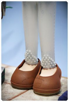 Zapatos de tacón en goma eva  www.xeitosas.com