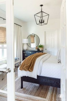 Check out this comfortable guest bedroom before and after -- what started as a small, dark space is now casual, bright, airy, and ready for visitors! Bedroom Door Design, French Doors Bedroom, Minimalist Bedroom, Modern Bedroom, Bedroom Small, Small Guest Bedrooms, Casual Bedroom, Neutral Bedrooms, Contemporary Bedroom