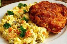 Hľadáte inšpiráciu na nedeľný obed, pretože klasické kuracie rezne vás už omrzeli? Zozbierali sme pre vás 25 najlepších receptov na rezne, na ktorých si určite pochutnáte každú nedeľu. Vyskúšajte si... Czech Recipes, Ethnic Recipes, Meat Recipes, Cooking Recipes, Eastern European Recipes, Special Recipes, What To Cook, Breakfast Recipes, Pork