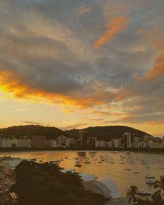 Sempre lindo... #pordosol #riodejaneiro #rj #foto #photo #photography #photooftheday #beautiful #lindo #cores #céu #sky #mar #praia #beach #carioca #brazil #brasil #nature #natureza #instabeauty #visual #beauty #landscape #vista #amazing #view http://tipsrazzi.com/ipost/1505370827997308945/?code=BTkJsrSA-gR