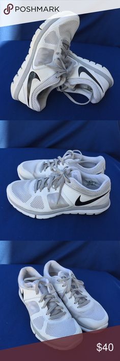 Nike Flex 2014 Run size 7 Gently used Nike Shoes Sneakers