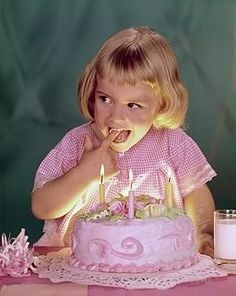 An adorable vintage birthday party photo. #vintage #birthday #pink