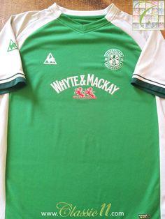 cb83f70ec Relive Hibernian s 2008 2009 season with this vintage Le Coq Sportif home  football shirt.