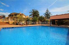 Praktfull drømmevilla med 2 basseng,3 terrasser,4 bad,5 soverom,6600m2