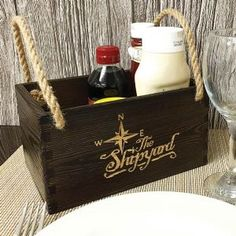 Vintage Condiment Holder: Cost effective restaurant boxes & condiment holders in antique style wood finish Restaurant Vintage, Condiment Holder, Restaurant Branding, Interior And Exterior, Box, Spice, Menu, Yard, Interiors