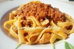 http://blog.giallozafferano.it/apanciapiena/ragu-alla-bolognese-ricetta-passo-passo/