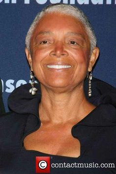 Camille Cosby gray hair.