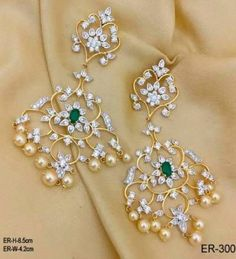 bridal jewelry for the radiant bride Gold Jhumka Earrings, Jewelry Design Earrings, Gold Earrings Designs, Gold Jewellery, Silver Jewelry, Diamond Stud Earrings, Diamond Earrings Indian, Diamond Jewelry, Jumka Earrings