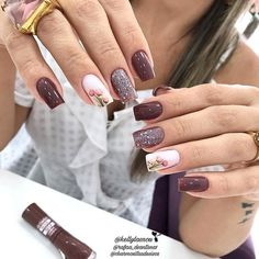 43 Unique Spring And Summer Nails Color Ideas That You Must Try 101 Stylish Nails, Trendy Nails, Cute Nails, Purple Nails, Glitter Nails, Nail Manicure, Gel Nails, Minimalist Nails, Nagel Gel
