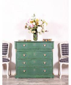 Cómoda Antigua Restaurada Margareth Happy Weekend, Home Interior, Dresser, Room, House, Furniture, Home Decor, Restored Dresser, Vintage Chest Of Drawers