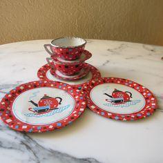 Another lovely vintage tin tea set. (On Etsy)