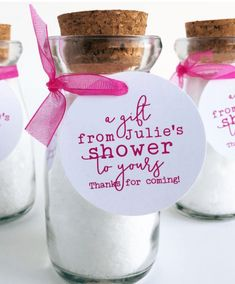 Ideas for baby shower gift ideas. Don't be fearful about letting others assist with segments of planning your baby shower event planning. Baby Shower Favours For Guests, Baby Shower Thank You Gifts, Bridal Shower Prizes, Baby Shower Gift Bags, Baby Shower Tags, Baby Showers, Bridal Showers, Lingerie Shower Favors, Cheap Baby Shower Favors