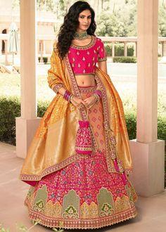 #peach #pink #woven #banarasi #silk #bridal #lehenga #choli #dupatta #designs # traditional #indian #outfits #gorgeous #wedding #look #ootd #new #arrival #womenswear #online #shopping Lehenga Choli Online, Ghagra Choli, Bridal Lehenga Choli, Indian Lehenga, Silk Lehenga, Silk Dupatta, Anarkali, Lehenga Blouse, Salwar Kameez