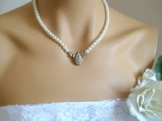 antique brass vintage style full strand ivory pearl classic bridal necklace wedding jewelry bridal jewelry by berrin.saruhan