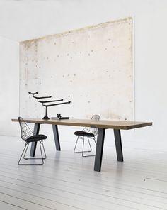 Side to side tafel 260 x 100 smoked french oak Qliv Interior Design Blogs, Modular Furniture, Luxury Furniture, Furniture Design, Furniture Makers, Oak Table, Dining Room Table, Concrete Table, French Oak