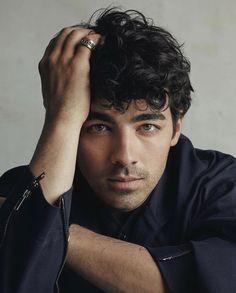 Joe Jonas Birthday Real Name Family Age Weight Height Girlfriend(s) Bio & Jonas Brothers, Nick Jonas, We Heart It, Heart Eyes, Camp Rock, Actor Model, Man Crush, Beautiful Boys, Pretty Boys