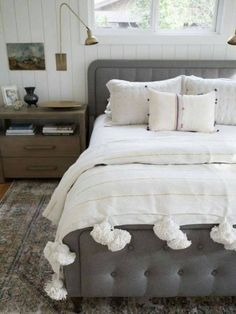 How to Style A Moroccan Throw Blanket – PapillonVintageHome Cal King Bedding, Twin Xl Bedding, White Bedding, White Throw Blanket, Blanket Cover, Gold Stripes, Bed Throws, Soft Blankets, Bed Styling