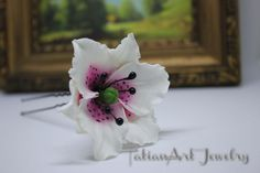 Pink Lily hair pin, Large flower Lily, Large floral hair pin, Bridal hair pin, Wedding Accessories, Bridal, Flower, Girl, Prom. di TatianArtJewelry su Etsy