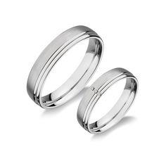 A karikagyűrű a vég nélküli szerelem jelképe, az összetartozás legalapvetőbb szimbóluma mindannyiunk számára. Kiemelt fontossággal kezeljük ezért megrendeléseinket, arra törekszünk, hogy a 'nagy napon' a gyűrűk felhúzásak Wedding Rings, Engagement Rings, Jewelry, Enagement Rings, Jewlery, Jewerly, Schmuck, Jewels, Jewelery