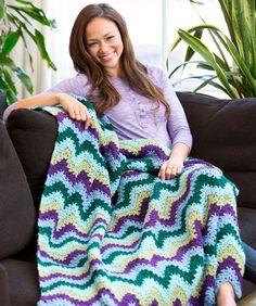 Splendid Ripple Throw Free Crochet Pattern from Red Heart Yarns