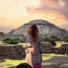 Among the ruins: Murad & Nataly Osmann explore the spectacular Pyramid of the Sun, just north of Mexico City.