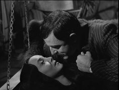 John Astin and Carolyn Jones as Gomez and Morticia Addams ❤❤ The Addams Family 1964, Addams Family Tv Show, Adams Family, Los Addams, Morticia And Gomez Addams, Charles Addams, Tv Movie, Carolyn Jones, Dark Love