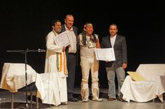 Receiving Man of Peace Award from the World Organization of Peace founded in Geneva, Switzerland, in 2012 Mexico