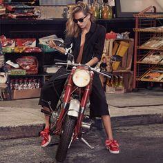 Cara Delevingne for Puma Barbara Palvin, Puma Basket Heart, Cara Delevingne Style, Kendalll Jenner, Cycling Shoes, Insta Look, Biker Girl, Biker Chick, Mannequin