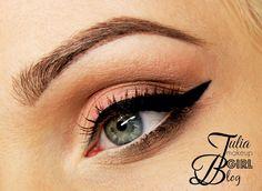 Classic makeup :)