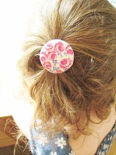 5 Pack Hot Pink et Blue Ink Roses détenteurs de queue de cheval. Nope de cheveux unique grand 38mm. Tissu Liberty London Tana Lawn.
