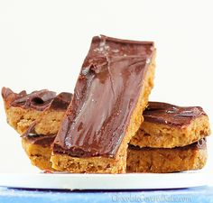 Butterfinger Bars *Agave nectar *Molasses *Sugar *Peanut butter *Bran flakes *Chocolate to top
