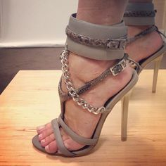 Monika Chiang - just got a little wet :/ OH HOW I WANT THESE!!