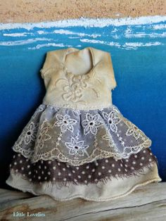 BLYTHE DOLL Dress - OOAK - pure white linen with embroidery, lace and dots by LittleLovelieShop on Etsy